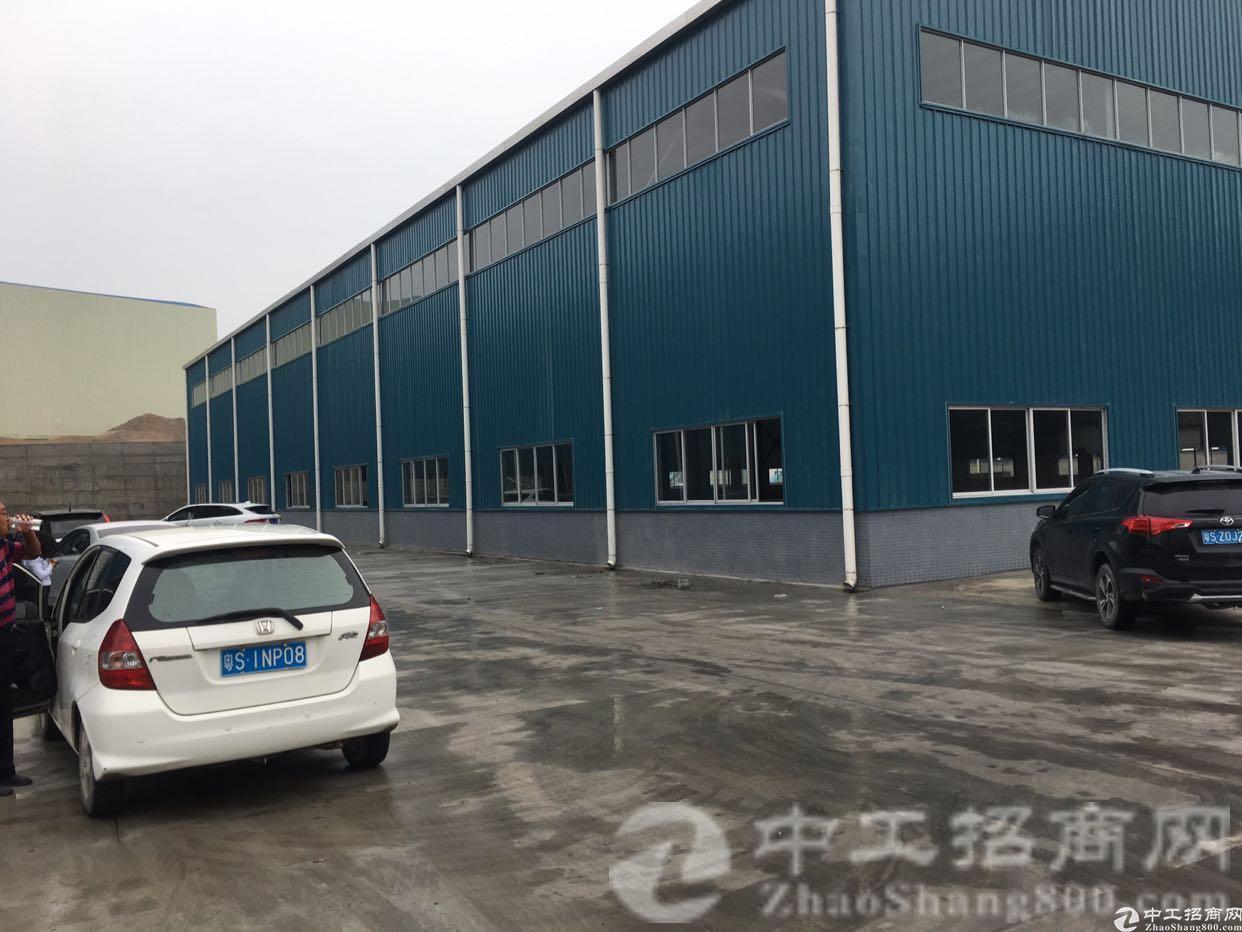 横沥镇原房东单一层独院厂房2000平方米,带航车