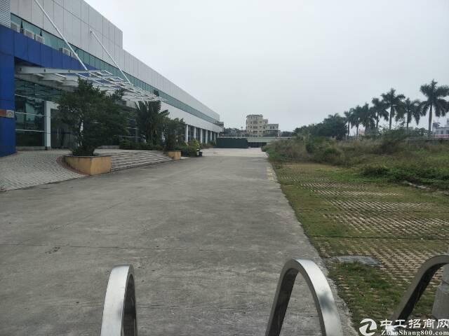 东莞市独院单一层钢构厂房3500平米出售