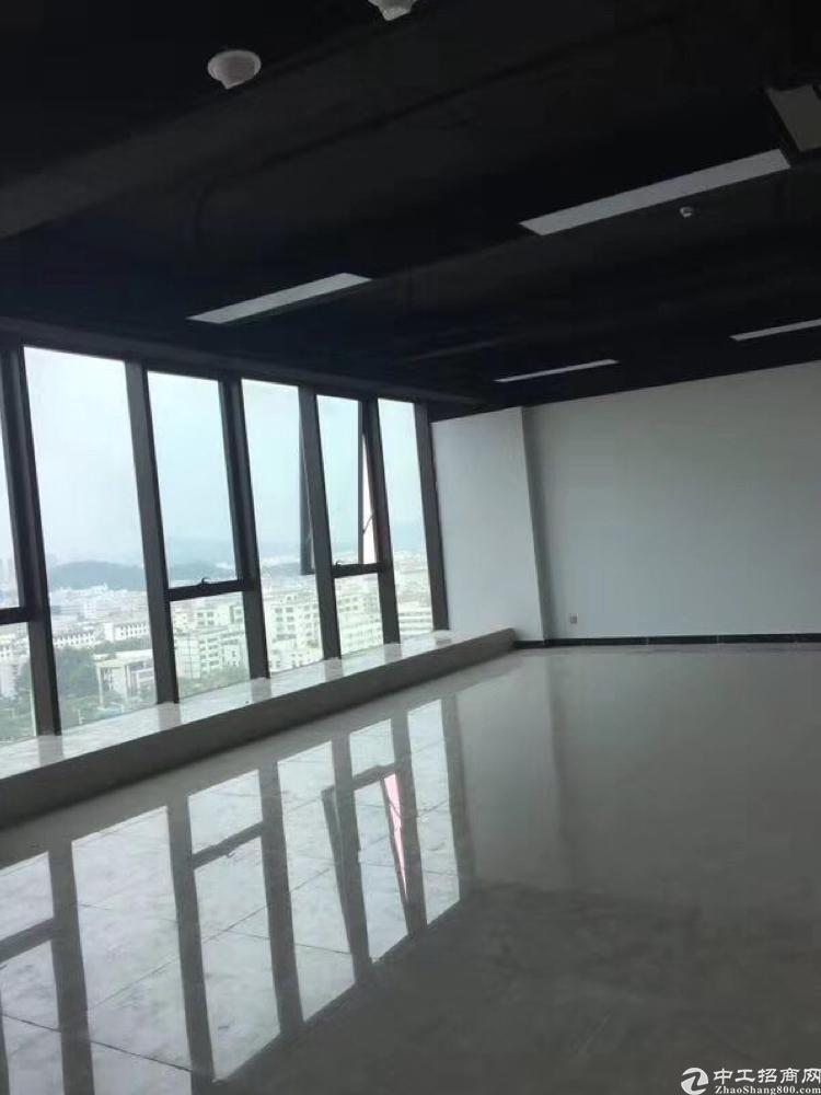 福永凤凰精装修写字楼110平起租,带隔间