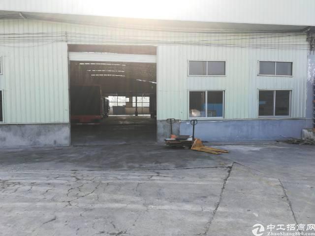东莞市寮步镇新出砖墙到顶滴水10米厂房出租
