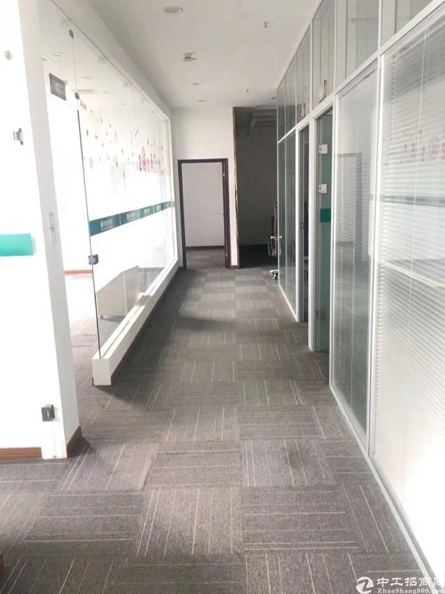 8号线汪家墩站丨精装家具丨送隔断丨配套齐全丨免租期