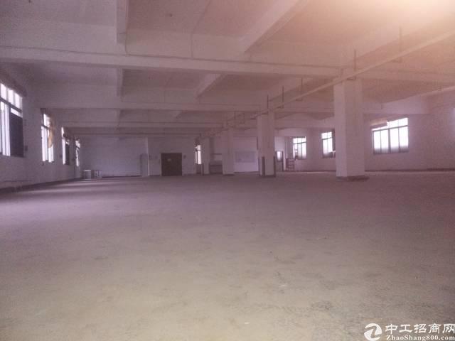 靠近高铁站二楼1300平米厂房出租