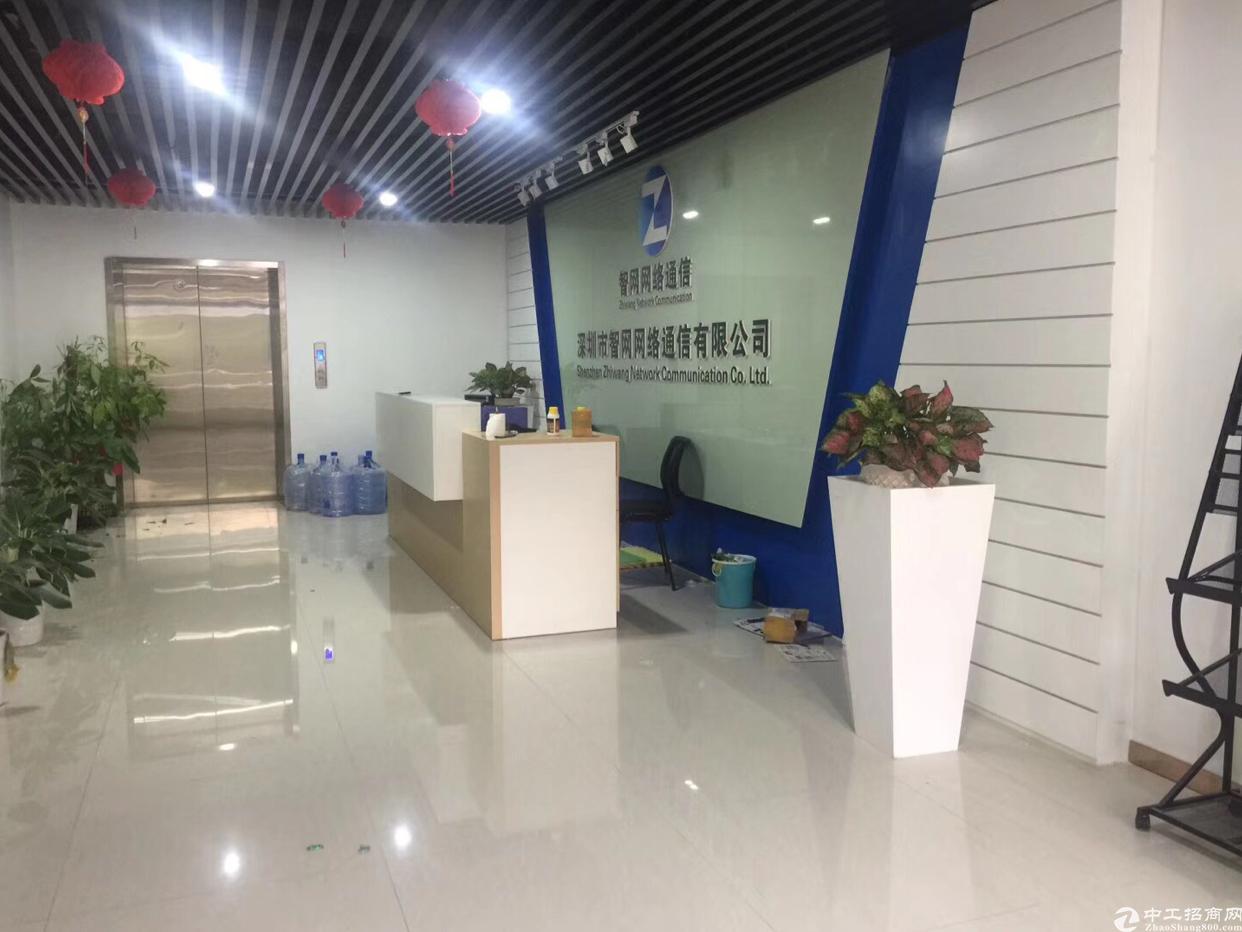 福永原房东整层2100平米带豪华装修无尘车间