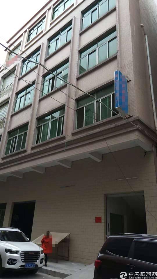 茶山卢边原方东出租楼上一层10元/平米