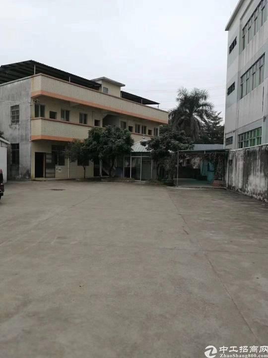 茶山镇原房东独门独院单一层 厂房1500平宿舍办公室500