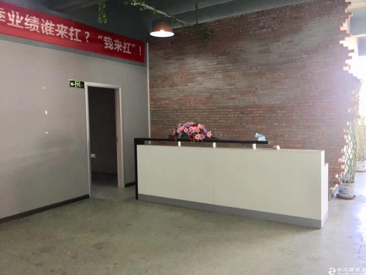 西乡固戍地铁站附近新出楼上900平厂房出租