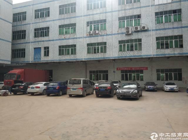横岗永湖空出村委厂房一楼850平层高五米适合大型机械加工注塑