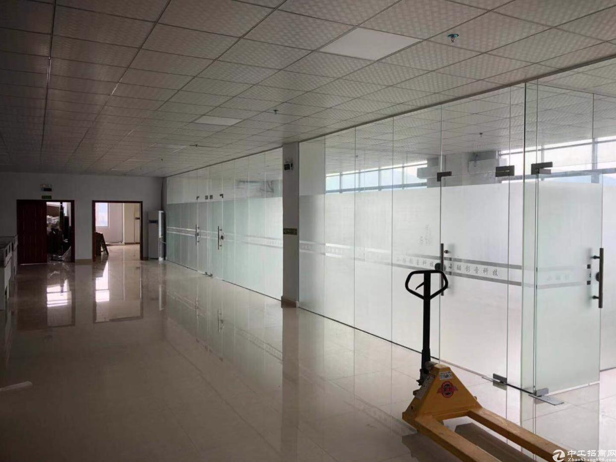 黄江靠深圳新出精装修800平水电齐全三吨电梯