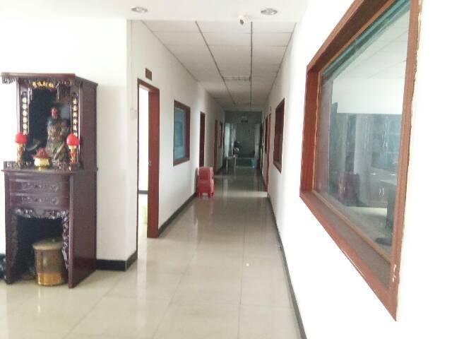 实业客转租乌沙楼上700平米豪华装修零转让费出租