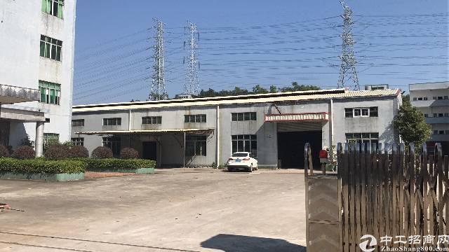 企石镇中心工业园分租钢构1500平方