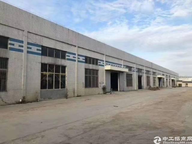 南山西丽单一层钢构仓库6800平方岀租