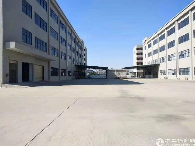 龙岗坪山大工业区独院标准厂房楼上1670平招租面积实在