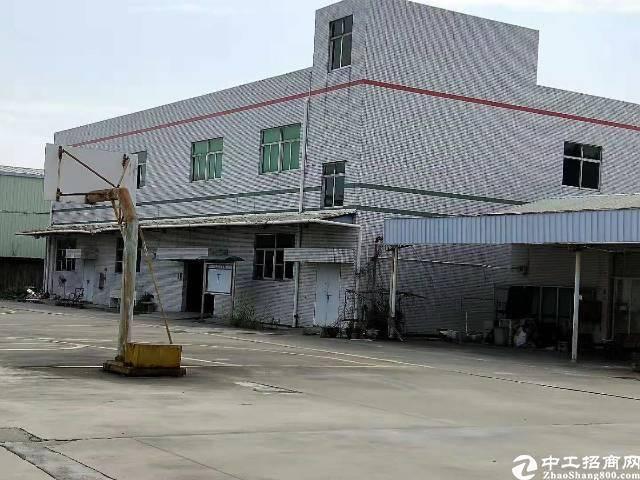清溪镇中心标准两层小独院厂房1700平米出租,可直接入住