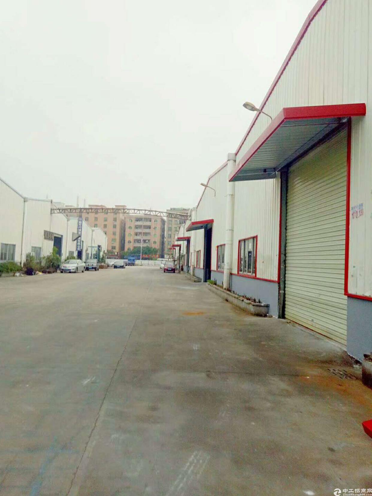 长安镇乌沙路口附近原房东有红本1680平米租19块