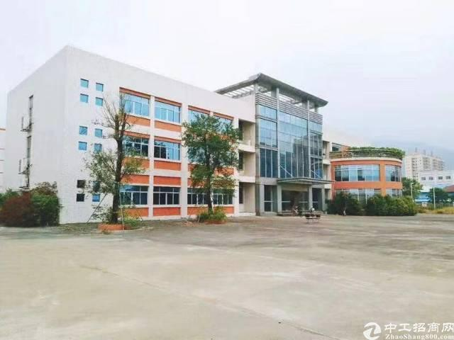 龙岗坪山大工业区独院标准厂房楼上带装修1220平招租