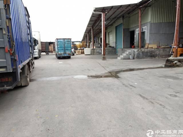 平湖物流园分租带卸货平台600平方