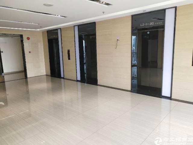 深圳龙华卫东龙大厦76平写字楼出租