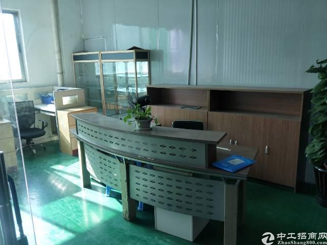 福永大洋田107国道边上新出楼上1000㎡带装修厂房出租