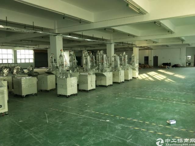 沙井新沙路大型工业园2楼1000平方厂房出租