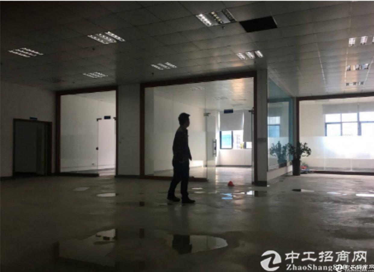 丹竹头地铁站300,500平方带装修厂房出租