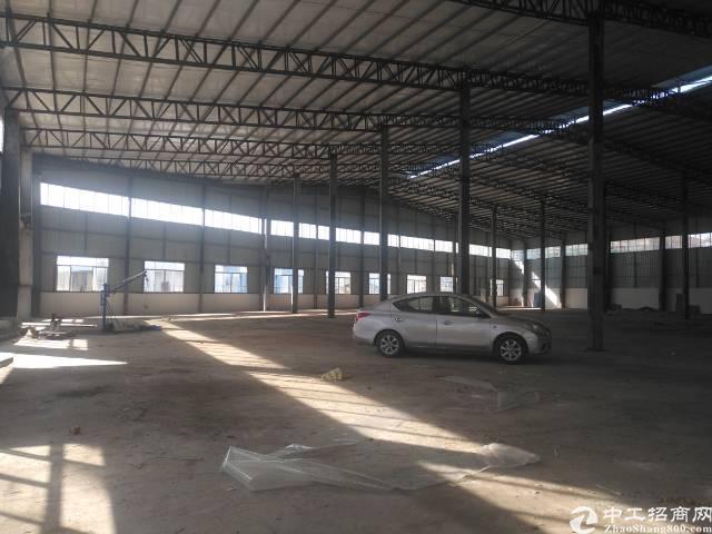 单一层独院厂房4200平方出售