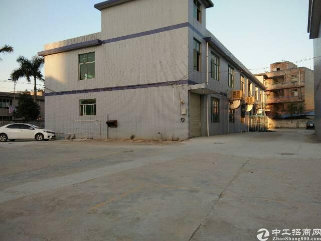 光明公明将石独栋厂房2200平米招租