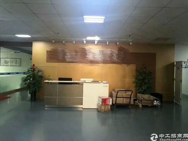 福海宝安大道边新出二楼整层2000平方带装修厂房