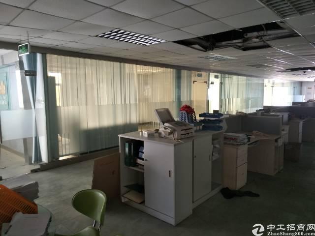 沙井后亭地铁站附近新出装修5000平方厂房出租
