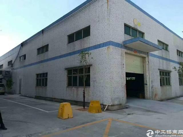 沙井沙三工业区新出带行车厂房
