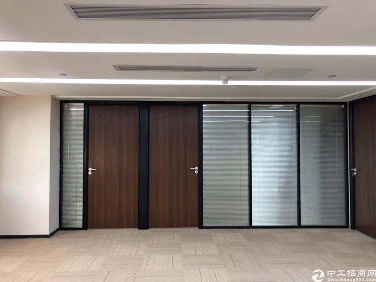 龙华油松原房东带红本精装修写字楼办公室480平出租