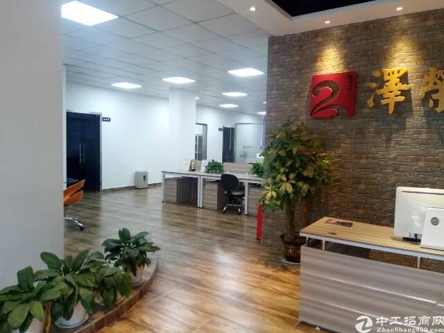 龙胜地铁口厂房550平,精装修办公室,仓库