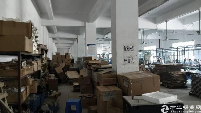 福永和平楼上装修厂房1300平-图3