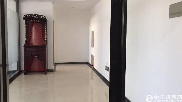 布吉丹竹头地铁站新出一楼385平铺面出租
