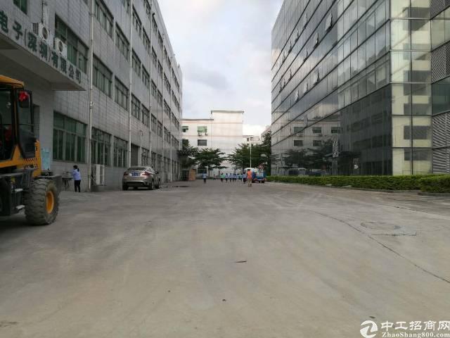 西乡臣田2万平米红本厂房出租可分100-1000平米