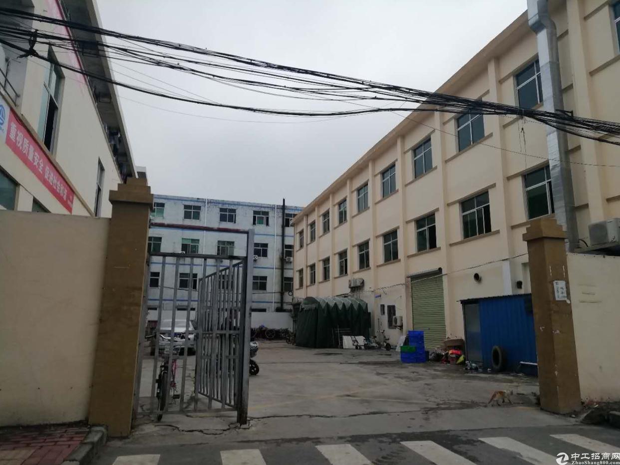 坪山坑梓标准厂房去租二楼850平14元每平