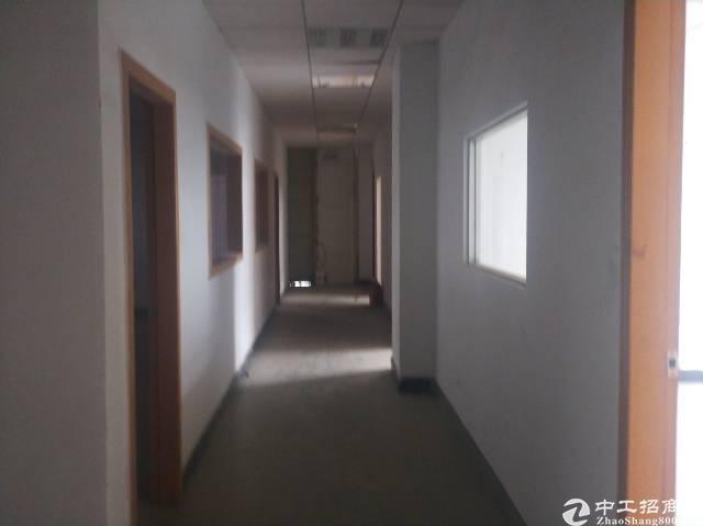 宝安新出带精装修办公室楼上厂房2400平方