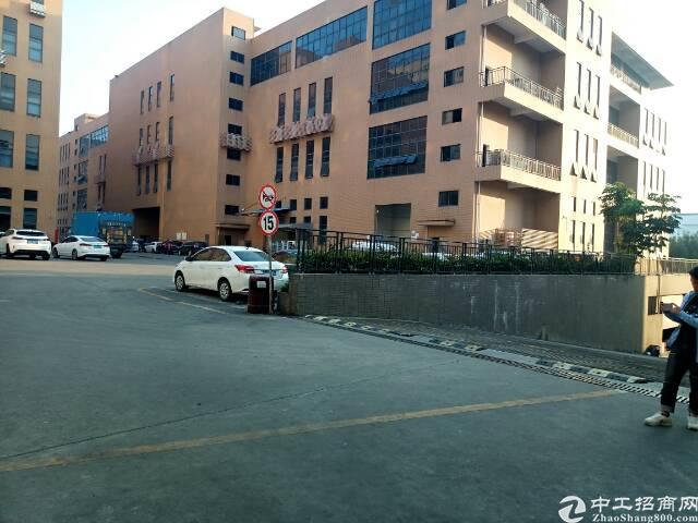龙华清湖新出一楼1200平方米仓库招租