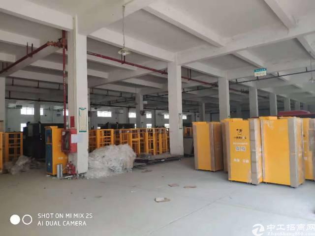公明塘尾第一工业区独院两层2500平米厂房出租