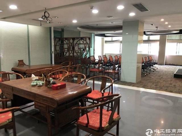 出租龙华天虹办公室面积1600平豪华装修