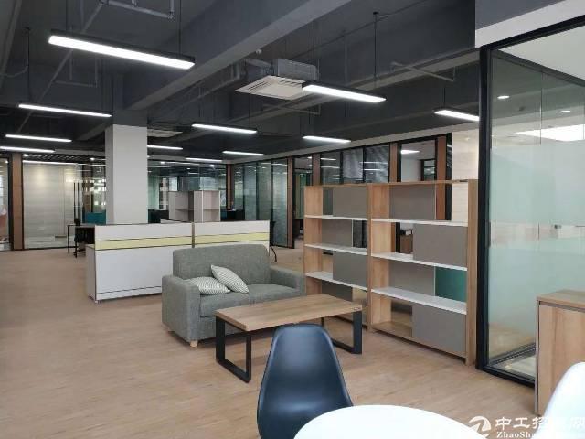 公明公改写字楼出租有货梯可以注册生产型企业精装修