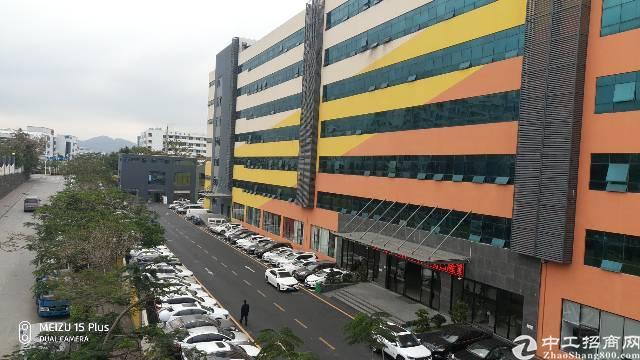 西丽地铁口研发楼精装修100平米起租价格低于市场价