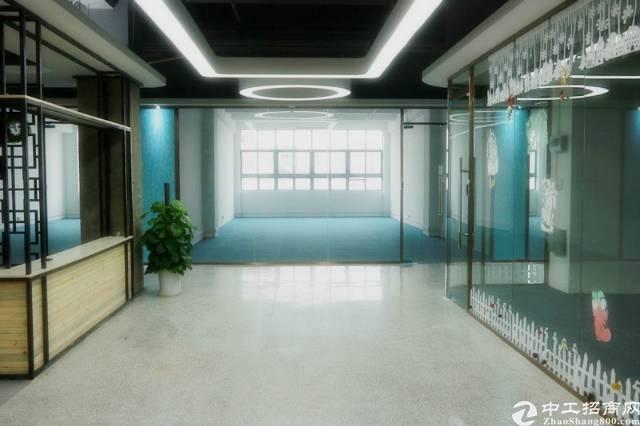 宝安精装办公室出租20平至500平可注册备案物业直租