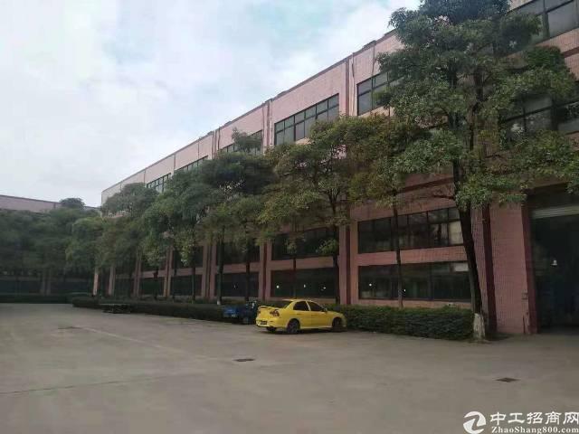 惠阳区新圩镇占地3800㎡,建筑7080㎡国有证厂房出售