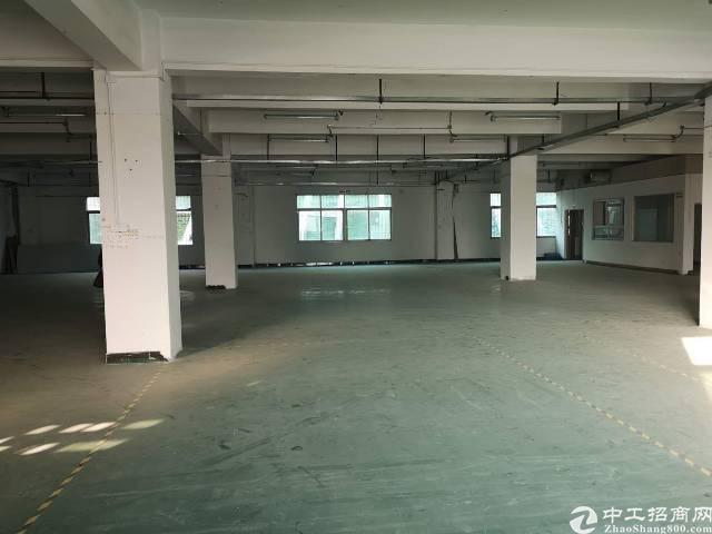西乡鹤州富源工业城楼上1300平米厂房出租
