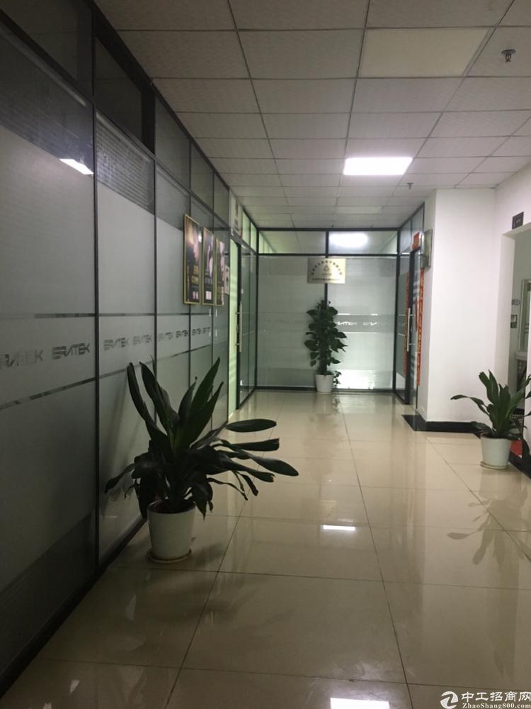 龙华地铁口新出200平办公室