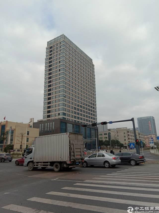 华南城旁原房东带红本30000平米写字楼出租