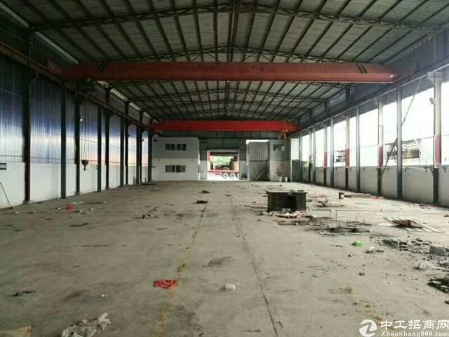 松岗燕罗广田路边钢构厂房1800平方有两部15吨行车