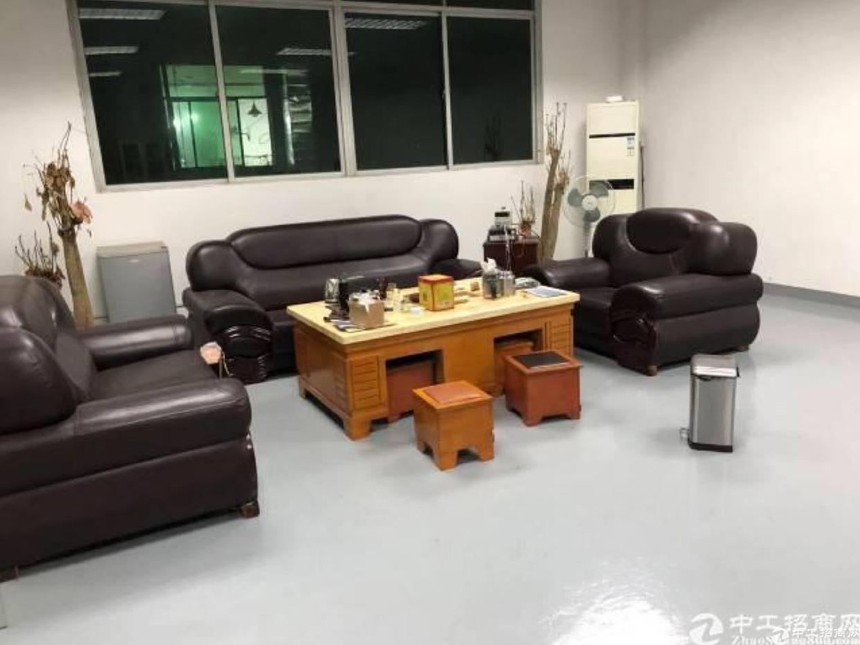 坂田上雪科技园新出400平米带精装修办公厂房出租