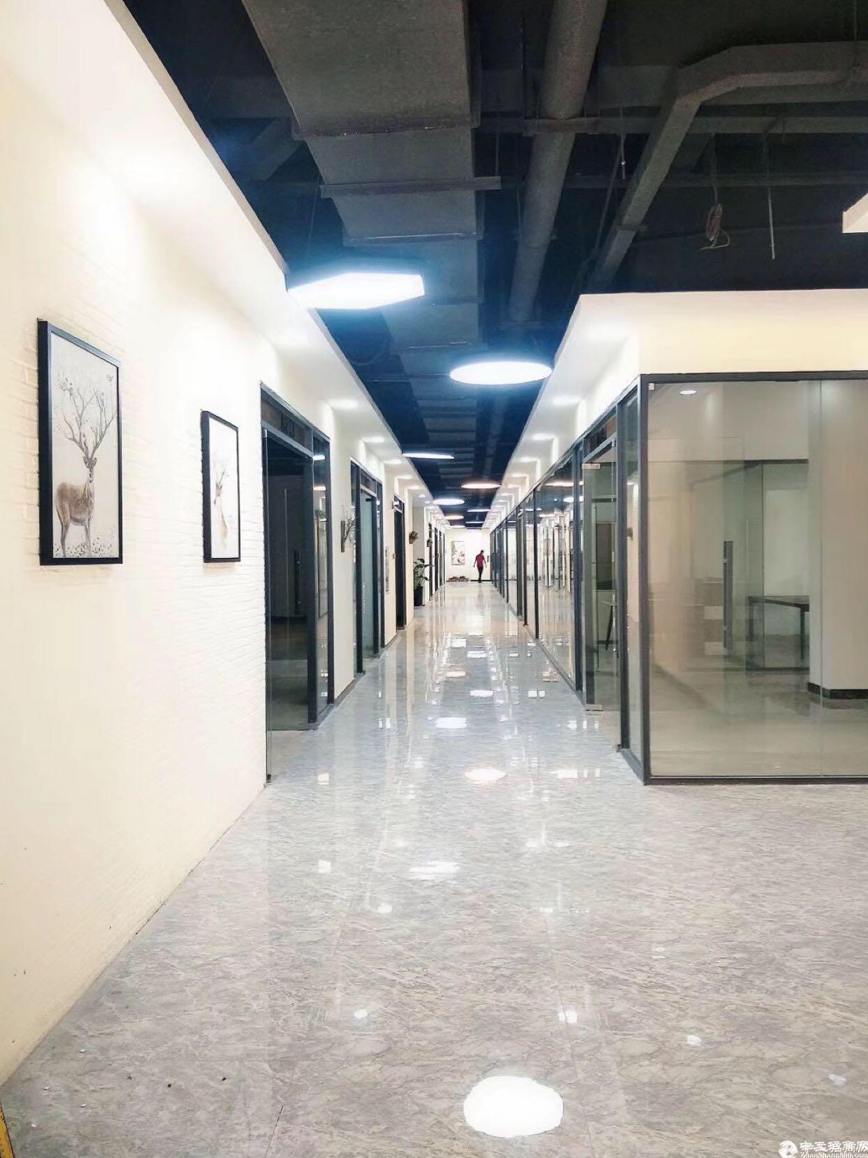 坂田杨美地铁站附近厂房电商园出租,面积168到2000平。