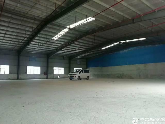 广东深圳坪地新出钢构厂房出租